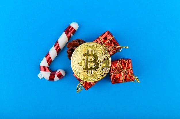 Conceito festivo de bitcoins. bitcoin e natal.