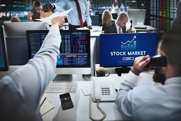 Conceito financeiro de investimento em economia do mercado de ações Foto gratuita