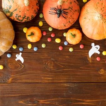 Conceito fofo de halloween com espaço de cópia