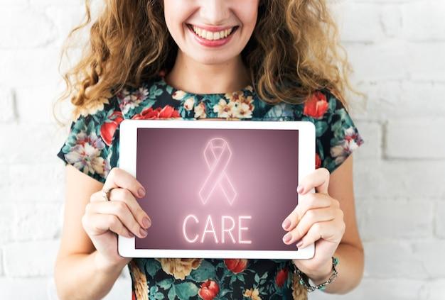 Conceito gráfico de apoio ao câncer de mama, luta e esperança