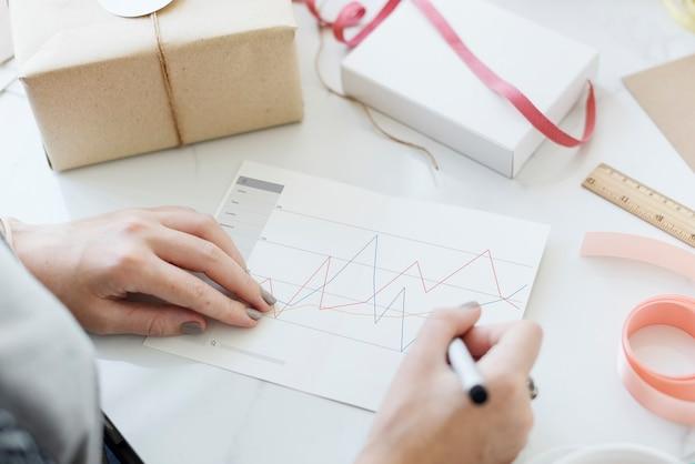 Conceito gráfico de relatório de estatísticas de informações de análise