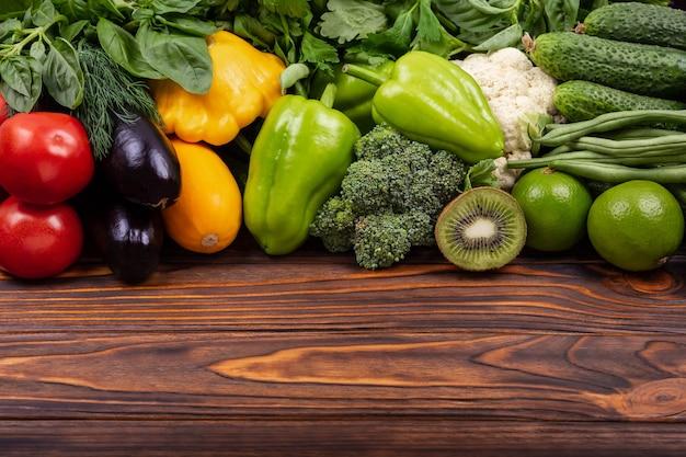 Conceito para entrega de alimentos, entrega de alimentos ou compras no mercado