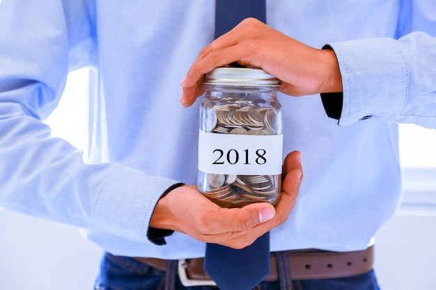 Conceito para salvar a coleção de dinheiro no próximo ano.