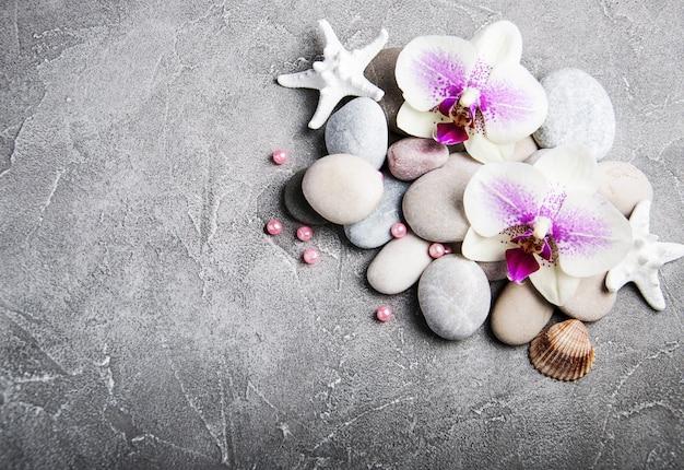Conceito spa com flores da orquídea
