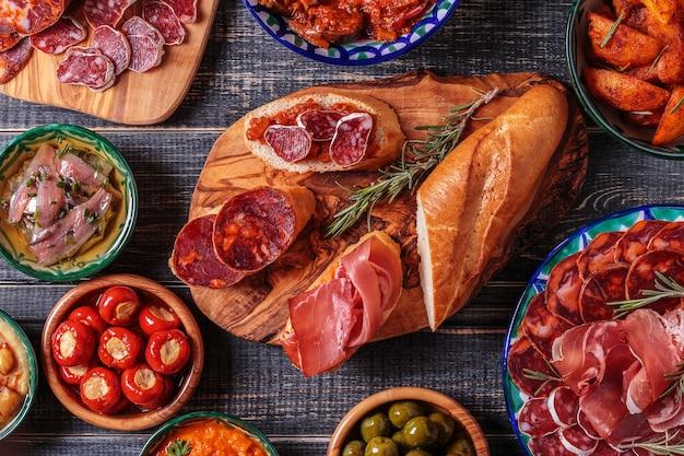 Conceito típico de tapas espanholas