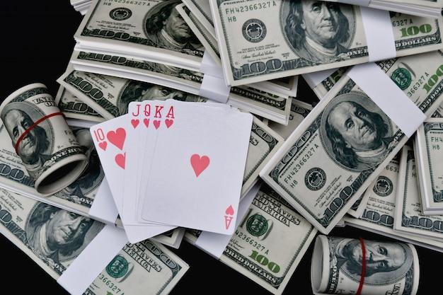 Conceitos de jogo. pessoas de negócios estão jogando no cassino