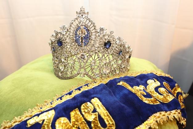 Concurso de beleza diamond silver crown miss pageant