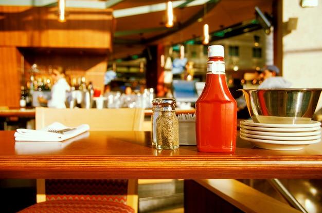 Condimentos no bar