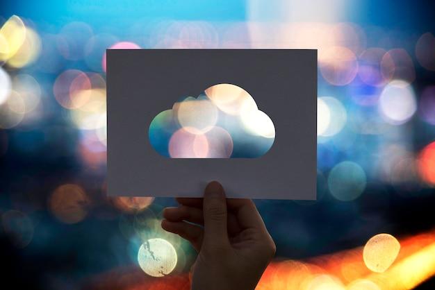 Conexão de rede de computação em nuvem papel perfurado