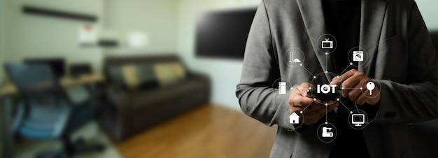 Conexão doméstica inteligente dispositivo técnico doméstico inteligente iot house automation