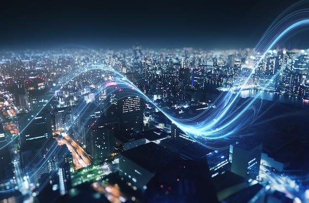Conexão rápida de internet na cidade à noite