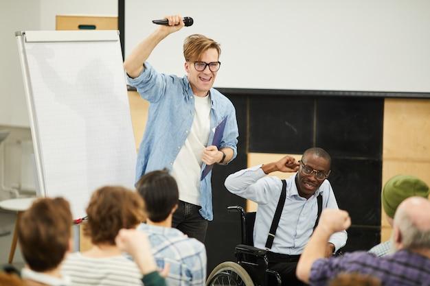 Conferência para alunos com deficiência
