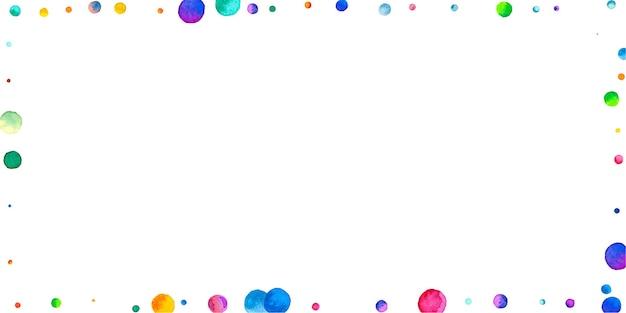 Confetes em aquarela sobre fundo branco. pontos coloridos atraentes do arco-íris. cartão brilhante colorido grande celebração feliz. confetes pintados à mão impressionantes.