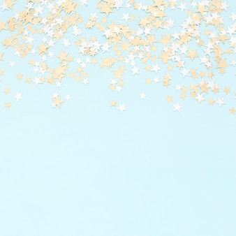Confetii de papel colorido