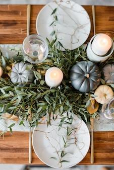 Configuração de mesa de halloween ou ação de graças
