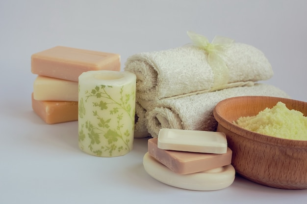 Configuração de spa e bem-estar com sabão natural
