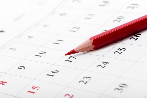 Confira as datas em um calendário de negócios