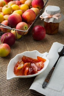 Confiture de fatias de maçã caseira