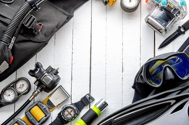 Conjunto completo de equipamento de mergulho. equipamento de mergulho e acessórios.