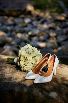 Conjunto de acessórios de casamento de luxo