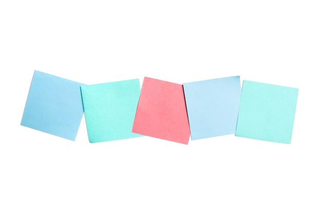Conjunto de adesivos de cores sobre fundo branco
