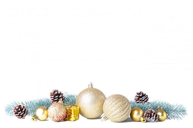 Conjunto de bolas de natal douradas com decoração