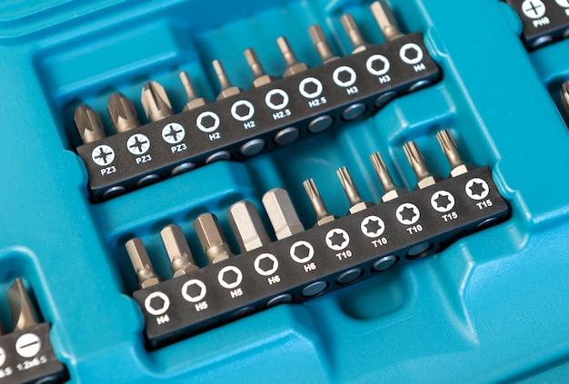 Conjunto de cabeças para chave de fenda, close-up.