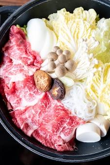 Conjunto de carne sukiyaki