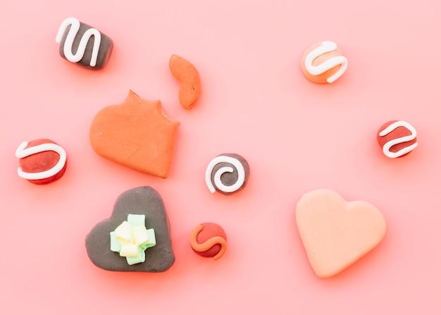 Conjunto de cookies em forma de coração