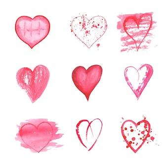 Conjunto de corações aquarela mão desenhada na superfície branca. coleção de ícones de estilo de esboço