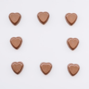 Conjunto de corações de chocolate doce