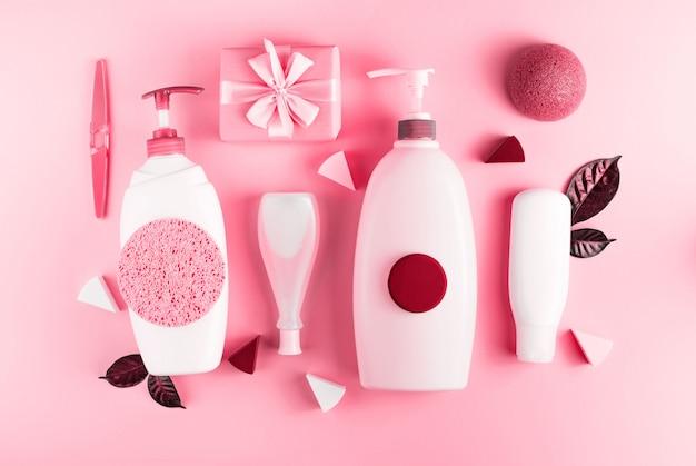 Conjunto de cosméticos para o corpo, coral de imagem em tons