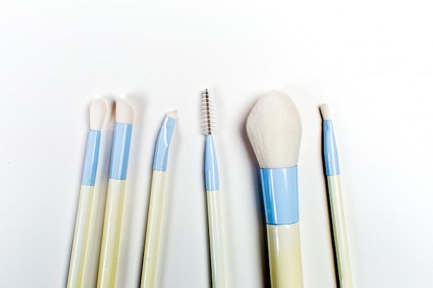 Conjunto de escova cosmética, vista de alto ângulo, moda e beleza, conjunto de ferramentas