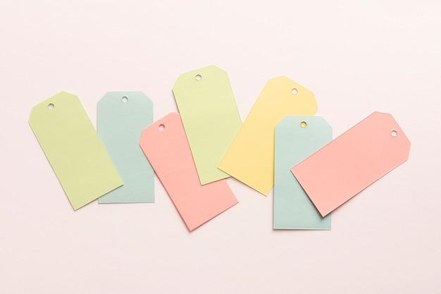 Conjunto de etiquetas de papelão pastel