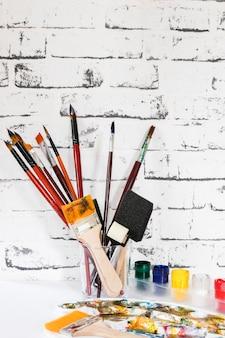 Conjunto de ferramentas de pintura de artista