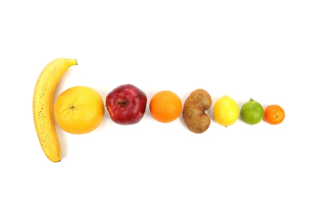 Conjunto de frutas diferentes isoladas em branco