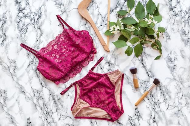 Conjunto de lingerie de renda sexy elegante glamourosa