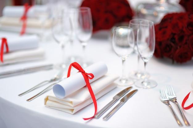 Conjunto de mesa para uma festa de evento ou recepção de casamento