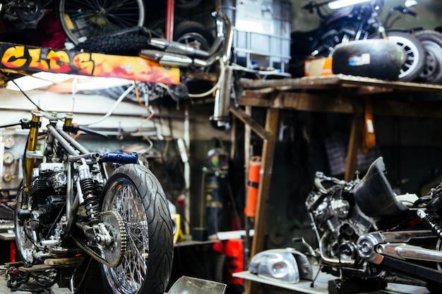 Conjunto de motos para tuning na customizing shop