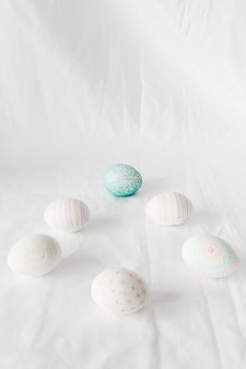 Conjunto de ovos de páscoa com padrões