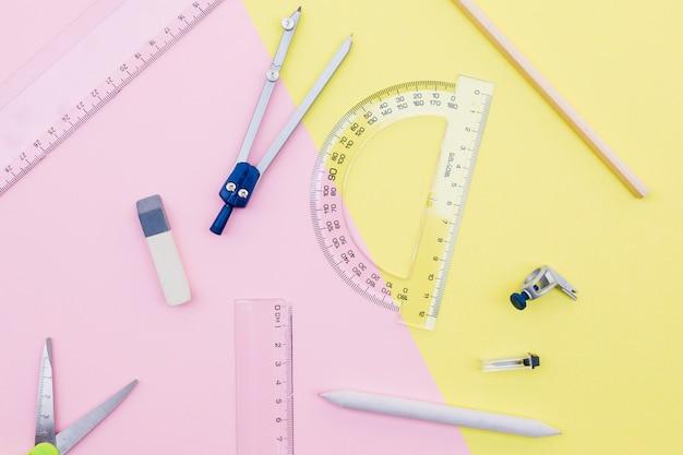 Conjunto de papelaria de ferramentas de desenho