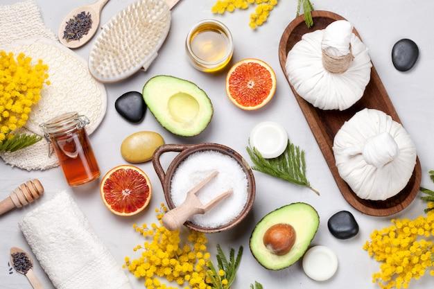 Conjunto de produtos tradicionais de spa