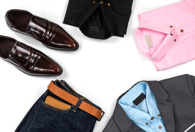 Conjunto de roupa masculina e acessório, vista superior
