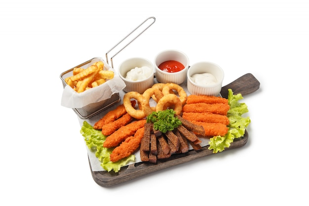 Conjunto de salgadinhos fritos