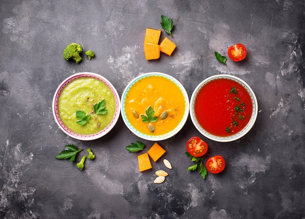 Conjunto de sopas de creme vegetais diferentes