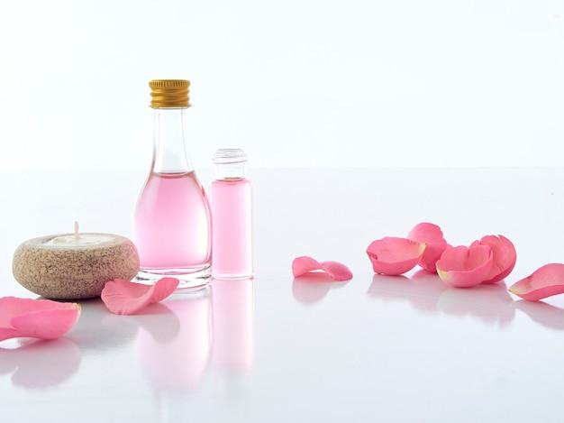 Conjunto de spa natural de potpourri de vela rosa e perfumada