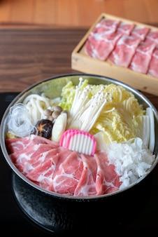 Conjunto de sukiyaki de kurobuta pork