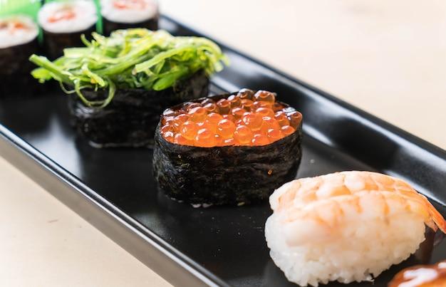Conjunto de sushi misto