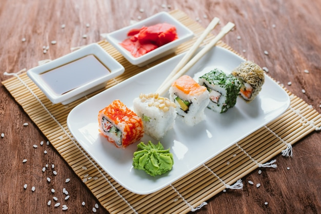 Conjunto de sushi