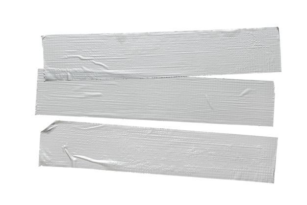 Conjunto de três peças de fita adesiva de reparo cinza prata isoladas no fundo branco.